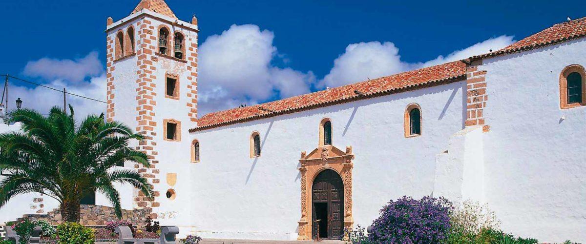 Fuerteventura-Betancuria-Santa-María_©-Instituto-de-Turismo-de-España,-TURESPAÑA
