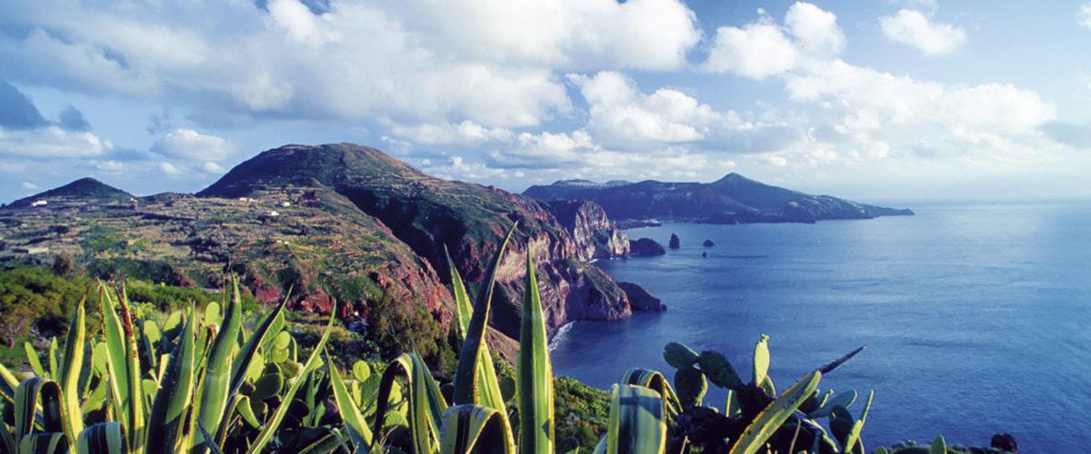 Liparische-Inseln_pano